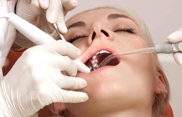 Лечение зубов во сне: плюсы и минусы